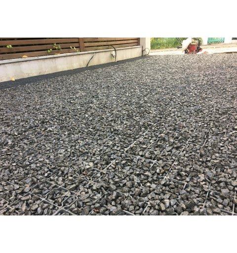 Kratka trawnikowa krata G3 max mocna kamień h 3 cm realizacja zdjęcie